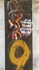 Ami and Barnslig (svennevenn) Tags: gatekunst streetart bergen ami barnslig burgers hekling crocheting