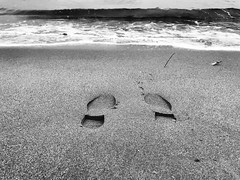As a moment saved without planning.... (Eggii) Tags: vasco iphone italy tuscany viareggo sea time footsteps mono bw monochrome blackandwhite