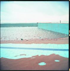 (Swim Around) (Robbie McIntosh) Tags: rolleiflex rolleiflex28e rolleiflex28e2 rolleiflexplanar28e carlzeissplanar80mmf28 tlr 120 mediumformat 6x6 square negative film filmisnotdead moyenformat mittelformat medioformato pellicola selfdevelopment dyi homedevelopment kodak kodakektar100 ektar newtopographics newtopography c41 color bellinifoto bellinic41 bellini decay landscape beach licola wall pool sea