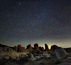 Mind the sky (Robyn Hooz) Tags: joshuatree stars stelle california cielo sky astronomy exposure esposizione notte night thoughts pensieri