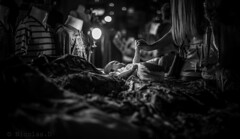 l'Etoile du Berger ..... (Pilouchy) Tags: letoile berger baby children calme monochrome blackandwhite regard chemin eyes lumiere street market bangkok thaillande