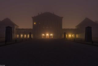 das erste Licht im Schloss