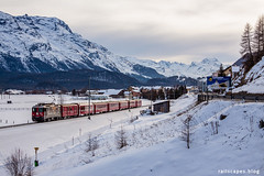 Flat valley (2) (VTZK) Tags: churfilisurstmoritz ge442 rhb trein bever graubünden switzerland ch business train railscape railscapes passenger transport transportation rail railroad sustainable zug bahn mobility photo image spoorweg chemindefer spoorlijn eisenbahn rhätische swiss alps mountains snow winter