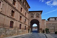 Daroca, Puerta Alta (Jocelyn777) Tags: stone monuments villages towns historictowns aragon daroca spain travel