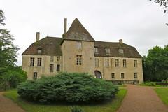 Château de Lantilly (Nièvre) (godran25) Tags: europe france bourgogne burgundy nièvre nivernais castle castillo schloss château burg manoir monument architecture