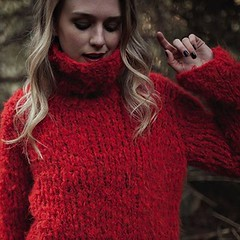 Cozy hot red rollkragen (Mytwist) Tags: knit knitwear style fashion outfit tn tneck wool fetish retro classic craft winter women red hot blonde sexy sweatergirl sweater design love girl wife