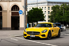Solarbeam Yellow. (dutchwithacamera) Tags: mercedes benz amggt amg gt mercedesbenz mercedesbenzamggt carphotography car cars carspotting carphoto carspot supercar sportscar spotting spot munich photography photo photoshoot nikon nikond7200 50mm autogespot amazing amazingcar amazingcars247 auto foto