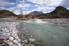 Río Cinca (miratumismo) Tags: 2012 5dmk2 huesca aragon nd400 longexposure largaexposicion río aínsa paisaje agua