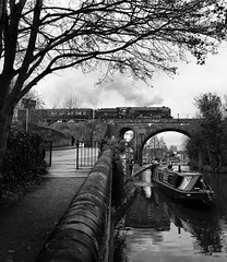 The bridge with a hole in it -2 (ralph.ward15) Tags: 70013 lowesmoor worcester steam locomotive