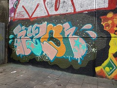 (Stueydude) Tags: brighton graff graffiti burner wallart streetart art mural piece silver dub throwup brightongraff brightongraffiti graffporn graffitiporn