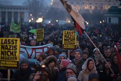 20180113 #Neujahrsempfang DEMO gegen #Schwarzblau in #Wien (daniel-weber) Tags: 20180113 neujahrsempfang demo gegen schwarzblau wien © daniel weber | httpneuwalcom demonstration vienna austria heldenplatz fpö övp regierung protest proteste sebastiankurz