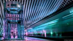 SPEED (michaelkendziorra) Tags: liege lüttich belgium belgien zug bahnhof centraalstation michaelkendziorra lift esculator