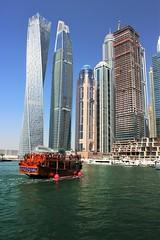 Dubái Marina (Ana De Haro) Tags: dubáimarina emiratos dubái eau mar sea edificios ciudad city