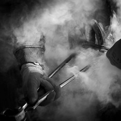 Maréchal Ferrand (Vincent HEDOU) Tags: horse feet foot steam smoke black white bretagne brittany bzh