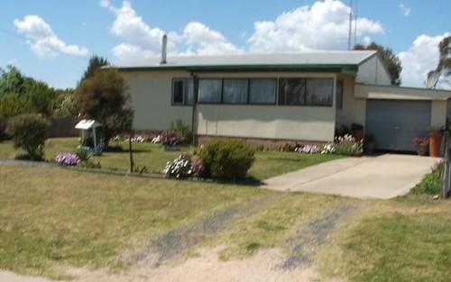 15 MCMAHON STREET, Uralla NSW 2358