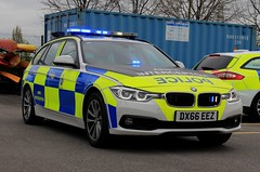 Cheshire Police BMW 330d Touring Roads Policing Unit ANPR Interceptor (PFB-999) Tags: cheshire police constabulary bmw 330d 3series touring estate roads policing unit rpu traffic car vehicle anpr interceptor lightbar grilles dashlight leds dx66eez