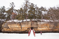scale (local paparazzi (isthmusportrait.com)) Tags: canon5dmarkii tokina1628f28 zoom lopaps pod 2018 iso100 piercountypark rockbridgewi richlandcountywisconsin wisconsin landscape outdoors nature natural human scale trails country countypark snowfall snow winter cold coldoutside bundleup unique interesting perspective sharpness detail clarity raw canonraw tokina 1628 f28 16mm wideultra wide