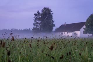 Bauernhof nach dem Gewitter