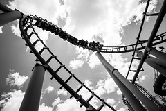 Hot Wheels Sidewinder, Dreamworld (Ben Roache) Tags: rollercoaster themepark vekoma coomera hotwheelssidewinder australia dreamworld arrowdynamics queensland goldcoast cyclone au