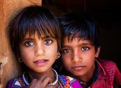 India (mokyphotography) Tags: india rajasthan ritratto ritratti ragazzi bambini visi village villaggio desert deserto people portrait persone picture portraits sabbia sand canon children eyes occhi