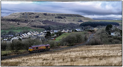 Seven Sisters (Welsh Gold) Tags: 66155 6o06 light engine onllwyn swansea burrows seven sisters dulais valley southwales