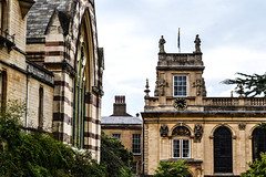 Trinity College - Oxford (-MikeBakker-) Tags: oxford oxfordshire england unitedkingdom uk britain greatbritain architecture building buildings english british heritage clouds cloudy autumn fall day bright light contrast view perspective angle composition travel traveling traveler travelling traveller explore exploring exploration discover discovering discovery nikon nikond3100 d3100 dslr camera 1855mm lens college university campus famous landmark landmarks street streets streetphotography old structure structures