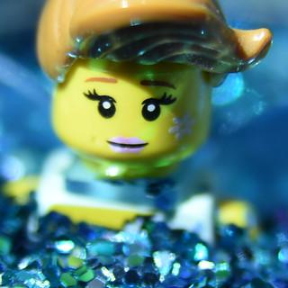 057/365: Minifigure in Glitter