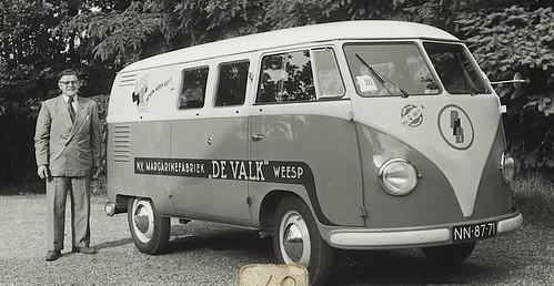 "NN-87-71 Volkswagen Transporter bestelwagen 1953 • <a style=""font-size:0.8em;"" href=""http://www.flickr.com/photos/33170035@N02/38801812765/"" target=""_blank"">View on Flickr</a>"