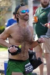 90 Rock 'n' Roll Marathon (Omunene) Tags: humanarocknrollmarathonneworleans2018 brooks race marathon 42195k 26219m esplanadeavenue faubourgstjohn neworleans runners shirtless pecs nipples navel bellybutton chest