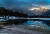 Almsee mit sonnigem Berggipfel (AnBind) Tags: 2018ausflug oberösterreich salzkammergut almtal grünau grünauimalmtal österreich at 2018 ausflug morgenstimmung morgen sonnenaufgang alpenglühen