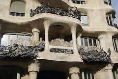 036A4819 (zet11) Tags: casa milà la pedrera barcelona españa catalonia street architecture buildings passeig de gracia 92 antoni gaudí