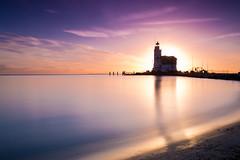 Lighthouse (sconi piladi) Tags: leuchtturm lighthouse canon eos 5d mark iii sigma 2470 sunrise sonnenaufgang blue hour blaue stunde long exposure langzeitbelichtung meer markermeer netherlands nederland niederlande marken landscape sea beach strand