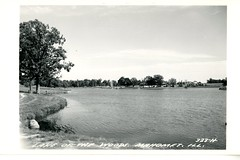 Lake of the Woods, Mahomet, Ill. (The Urbana Free Library Digital Collections) Tags: lakeofthewoods