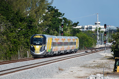Bright Orange at Deerfield (Albert (Rudy) R.) Tags: brightline train trains commuter railroad passenger business buff railfan railfanning siemens deerfield boca raton west palm beach fort lauderdale station stations new south florida east coast railway fec rwy double track control point cp
