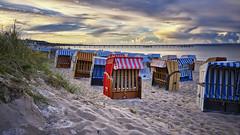 Strandkörbe Seebrücke Binz (danielrudolf.pics) Tags: binz ostseebad rügen insel mv mecklenburg vorpommern ostsee ostseeküste strand strandkörbe seebrücke sonne himmel wolken baden urlaub sandstrand