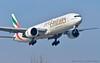 _DSC5117 (Luigi Sani) Tags: bologna blq aeroporto guglielmomarconi airport airplanes aviation aviazione aerei avion boeing 777 emirates emiratiarabi b777