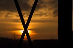 Bingo (immer dran denken... das x markiert die stelle^^) (montagestaender) Tags: sanktwendel stwendel sun sonne pentax pentaxkx sky himmel saarland sonnenuntergang licht schatten light shadow x cross kreus