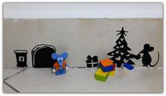 (peter-ray) Tags: lego moc brick mini figure peter ray photo mouse rat natale samsung nx2000