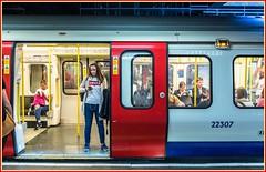 En route to Parsons Green? (Nodding Pig) Tags: victoria underground railway station london transportforlondon districtline circleline passengers train s7 stock england uk greatbritain 2017 201708137436101 crop
