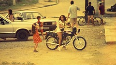 In the 90's (VCLS) Tags: vcls valmir brasil brazil ubatuba moto motocicleta motorcycle menina meninas girl girls girlonmotorcycle girlsmotorcycle scooter scootering lambretta vespa motoneta 90 90s decada vintage rua retrato carro car