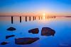 Blue! (karindebruin) Tags: nederland thenetherlands zuidholland voorneputten hellevoetsluis zonsondergang sunset zon sun leefilters nd06hardgrad littlestopper water quackgors