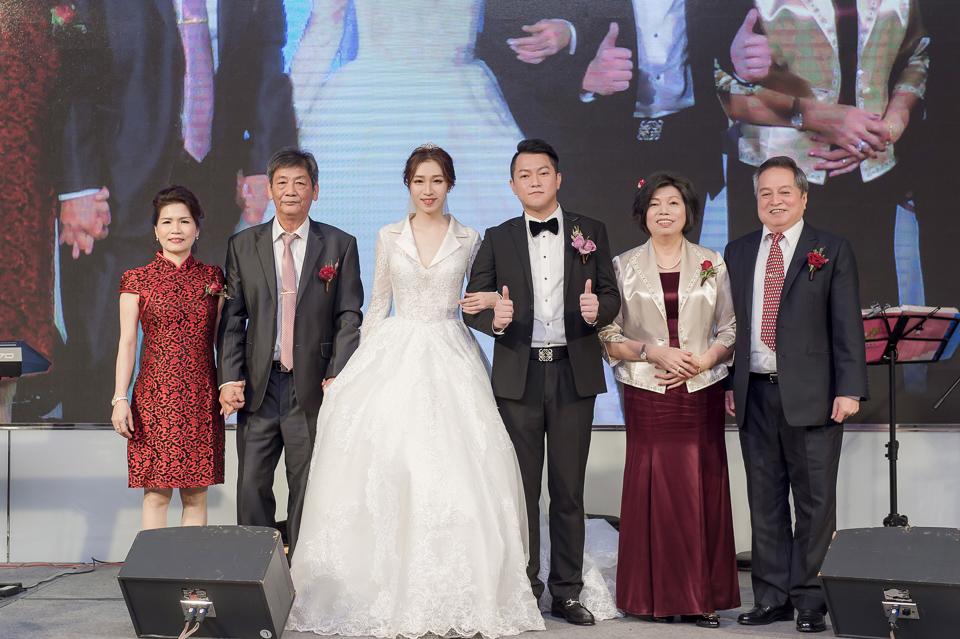婚攝 高雄林皇宮 婚宴 時尚氣質新娘現身 S & R 129