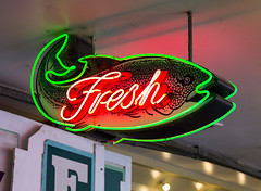 Fresh (s.d.sea) Tags: fresh sign neon seafood market pike place public seattle washington washingtonstate pacificnorthwest pnw weekend tourist travel shopping pentax k5iis 2470mm street photography
