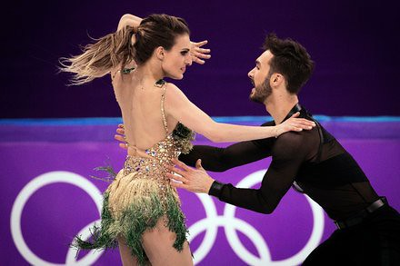 Winter Olympics 2018 Results: Moir and Virtue Take the Lead