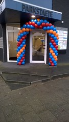 ballonnenboog rood blauw oranje blauw
