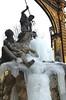 Fontaine de Neptune et grilles rehaussées d'or de la place Stanislas - Nancy (Lorraine) (ldjacques) Tags: fontaine neptune glace gel grilles or placestanislas lorraine nancy france