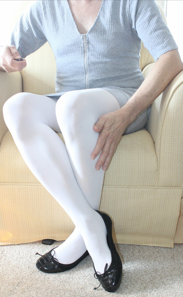 2ea7299ff7e01 New Dress with white opaque tights and flats. (naoph_9) Tags: pantyhose  white