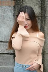 陳品嬡 (玩家) Tags: 2018 台灣 台北 台大 人像 外拍 正妹 模特兒 陳品嬡 戶外 定焦 無後製 無修圖 taiwan taipei portrait glamour model girl female outdoor d610 85mm prime