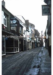 Post House Wynd, looking towards High Row (Darlington Local Studies Picture Collection) Tags: darlington 1980s clocks pubsigns