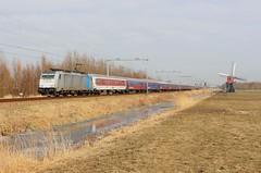 TRAXX 186 456-0 met Alpen Express bij Lageveensemolen te Lisse (daniel_de_vries01) Tags: traxx 186 4560 met alpen express bij lageveensemolen te lisse